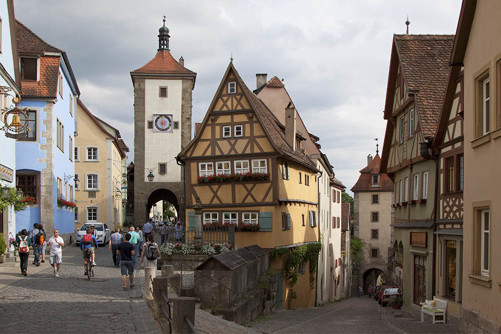 <div style='text-align: center;'>Rothenburg o.d.T.</div>